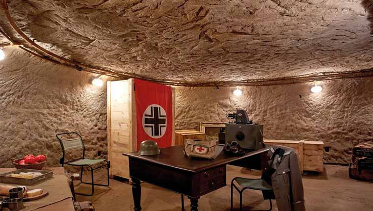 Cave Escape: Monuments (Nottingham)